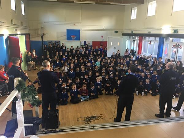 Garda Band, Santa Visit & Christmas Raffle!